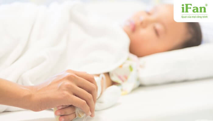 Trẻ em dễ bị nhiễm bệnh trong thời tiết nắng nóng kéo dài